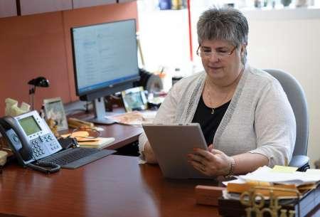 Diana Wilkie, Ph.D., R.N., FAAN, Prairieview Trust-Earl and Margo Powers Endowed Professor, College of Nursing