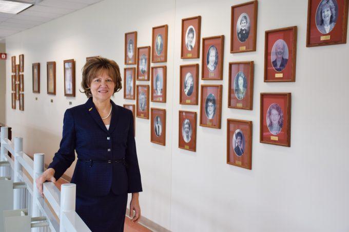 Dr. Debra Lyon