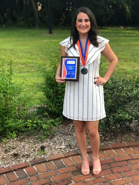 Ilyssa Schatz poses with Presidential Service Award